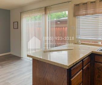 8613 La Riviera Drive C, 95827, CA