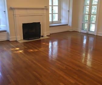 Living Room, 1571-1619 Roxbury Road