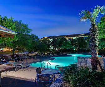 Pool, Hillside Ranch - PER BED LEASE