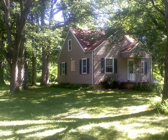 700 St. Clair Ave., Botkins, OH