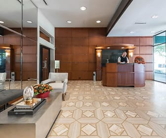 community lobby with natural light, 65 East Scott Building