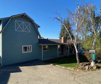 25377 Morse Ct, Ashland, CA