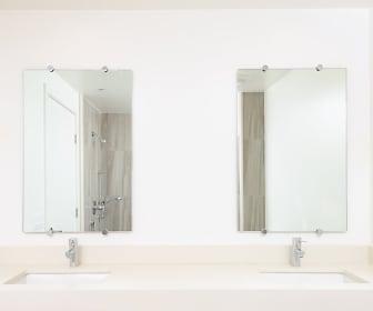 Bathroom, Kings on Third