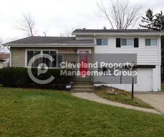 27 Southview Rd, Milkovich Middle School, Maple Heights, OH