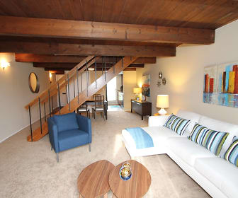 Scioto Two Bedroom Townhome - Living Room, Rivers Edge