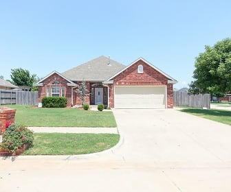 1126 S Oakey Dr, Mustang, OK
