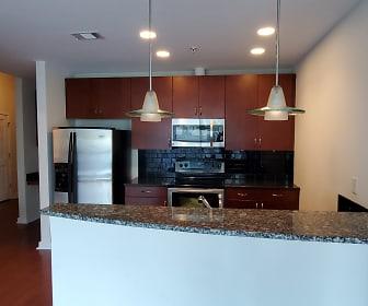 Kitchen.jpg, 400 W. Peachtree St. #811