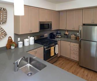Amazon Corner Apartments, Family School, Eugene, OR