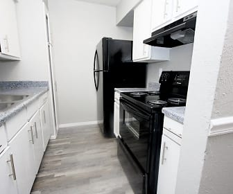 Kitchen, Highland Hills Apartments