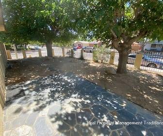1309 East Avenue J 4, Mariposa, Lancaster, CA