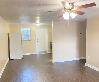 37219 Marlu Ln, Dade City, FL