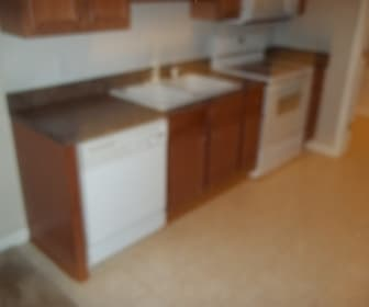 Kitchen, 625-108 Marshtree Ln.