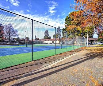 Recreation Area, Park West Apartments