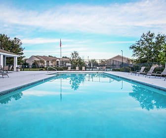 Pool, Creekwood North