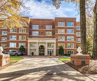 2445 Selwyn Ave - Unit 403, Alexander Graham Middle School, Charlotte, NC