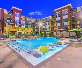 Pool, Aspire at Sunridge