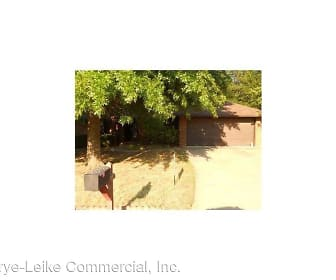1705 S 22nd St, Rogers, AR