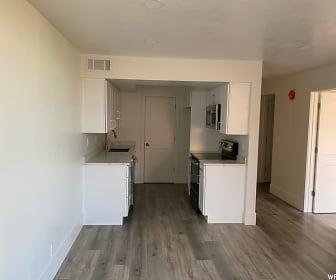 kitchen.jpg, 115 S 1100 E #701