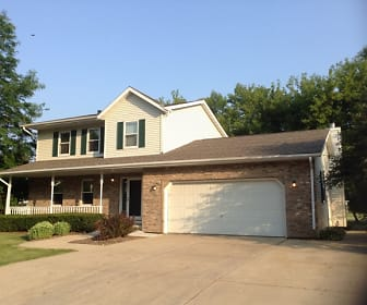 430 East Clancy Street, Whitewater, WI