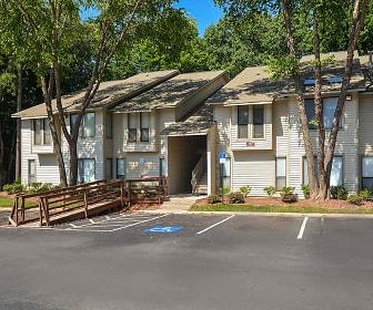 Building, East Perimeter Pointe Apartments LP