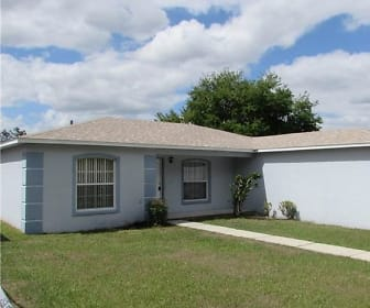 1682 Blossom Cir E, Lakeland, FL