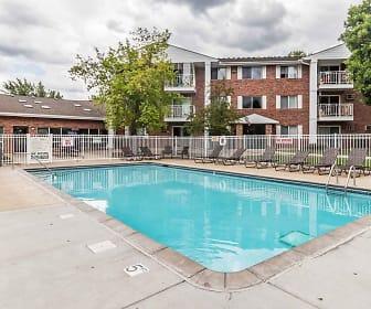 Pool, Pearlwood Estates