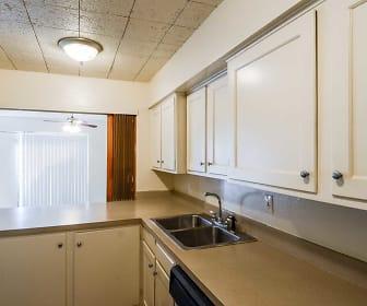 Kitchen, Crestpark Apts