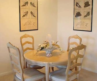 Dining Room, Beechwood Manor Apartments