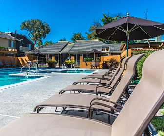 Pool, Crossbrook Apartments