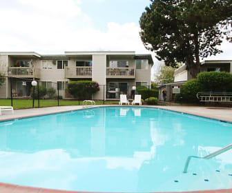 Falls Pointe Apartments, Tanglewilde-Thompson Place, WA