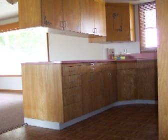 14896 Homedale Rd kitchen big 006.jpg, 601 Homedale Road