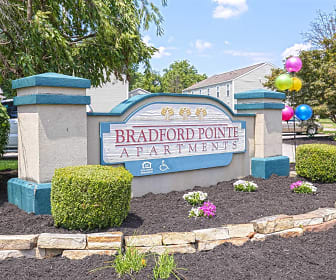 Community Signage, Bradford Pointe Apartments