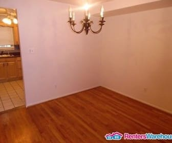 1040 Grovehill Rd, Linthicum Heights, MD