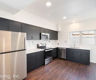 4690 Tompkins Avenue Unit 105, Redwood Heights, Oakland, CA