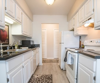 Kitchen, Great Oaks Apartments
