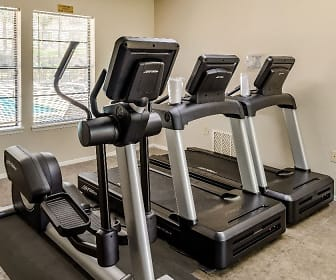 Fitness Weight Room, Knollwood Apartments