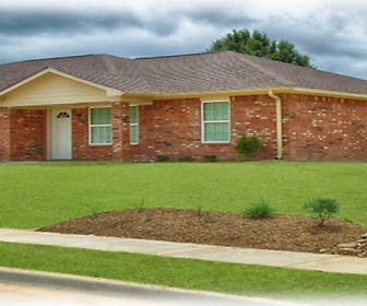 204 Timber Park #B, Lindale, TX