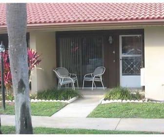 5969 Forest Hill Blvd Apt 4, Lakeside Green, FL