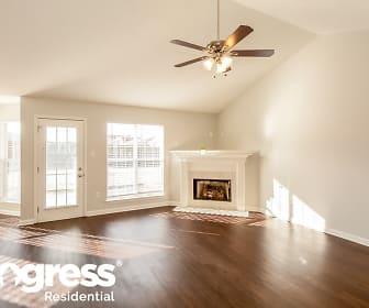 Living Room, 2509 Russum Dr