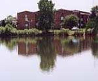 Lake, Windsor Lakes