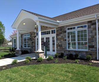 Leasing Office, Oakview Estates