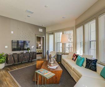 Living Room, Arcos