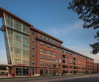 Peloton Residences, Edgewood Campus School, Madison, WI