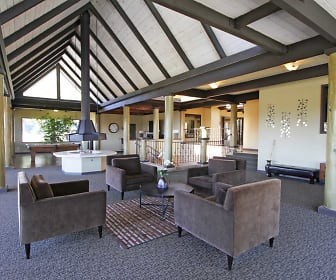Clubhouse, Skyline Canyon