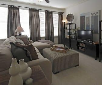 Chenier Apartments, Mandeville, LA