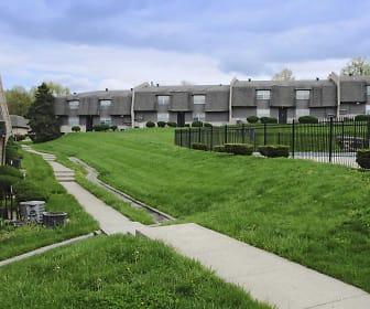 Courtyard, Northbrook Gardens