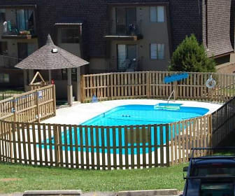 Landscaping, Stoneybrook Apartment Homes