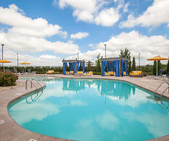 Pool, The Parc at East Fifty First