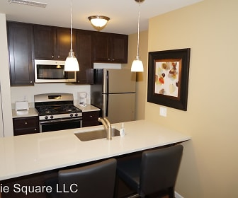 Prairie Square 2121 45th Street, 46322, IN