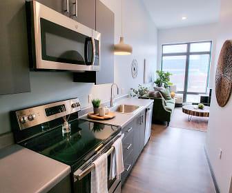 Kitchen, The Traveler Apartments
